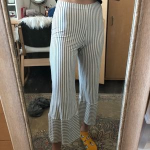 Pretty Little Thing Cropped Flare Pants